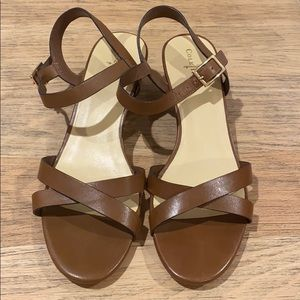 Cole Haan Shoes - Cole Haan tan sandals with gold accents size 9